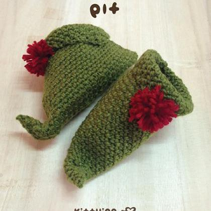 Free Crochet Pattern For Baby Elf Slippers : Elf Baby Booties Crochet PATTERN For Christmas Holiday ...